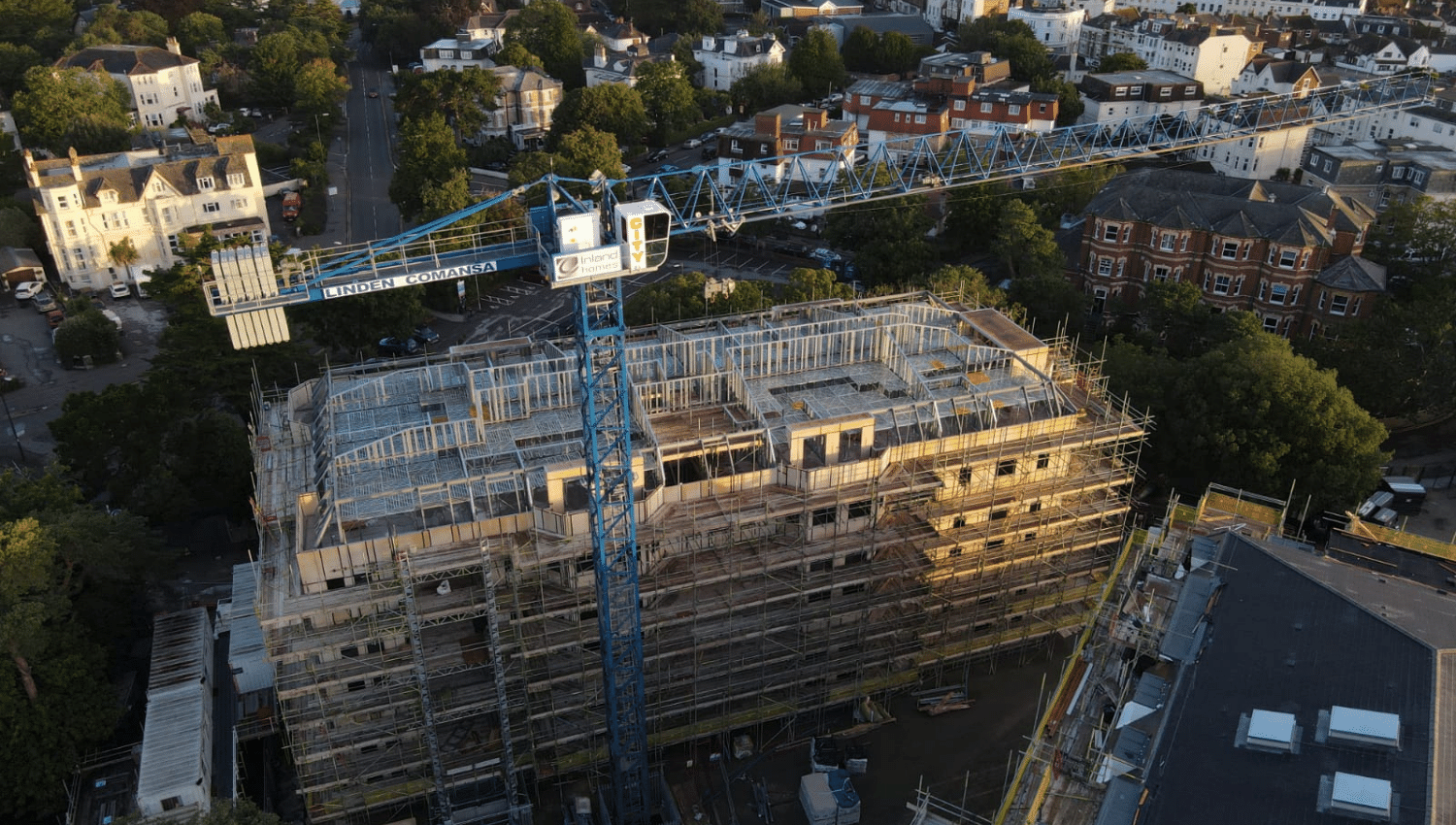THE HISTORY AND CONSTRUCTION OF A SEASIDE LUXURY APARTMENT DEVELOPMENT